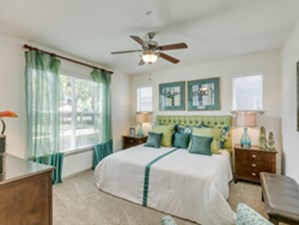 Bedroom at Listing #144651