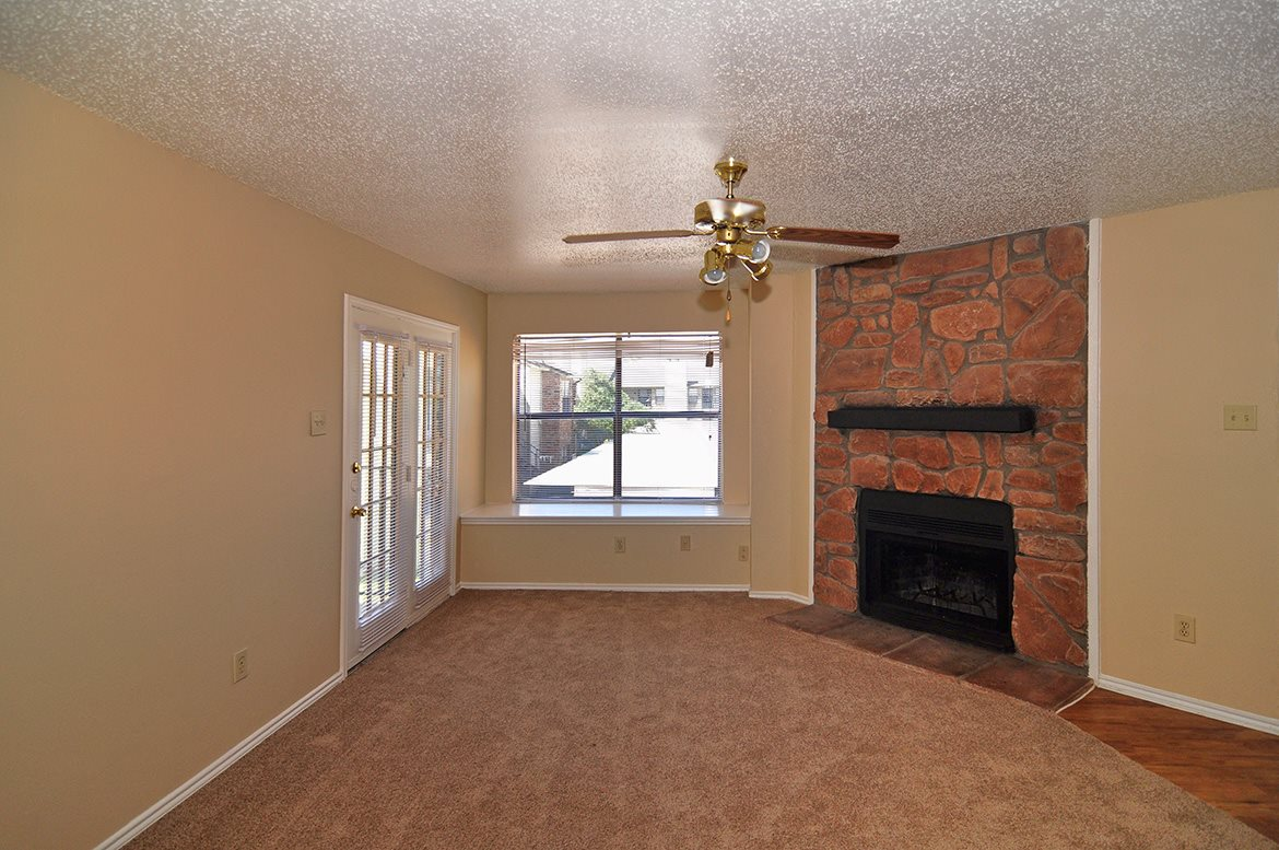 Living at Listing #136126