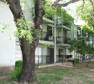 Spanish Village Apartments Dallas, TX