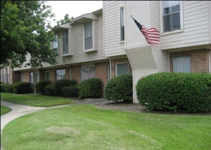 Exterior 1 at Listing #138436