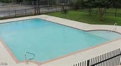 Pool at Listing #141071