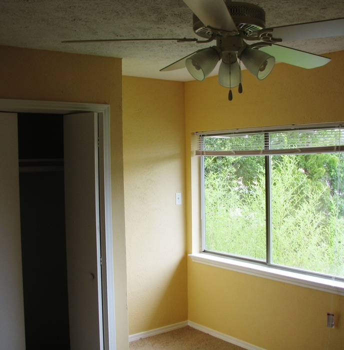 Bedroom at Listing #233759
