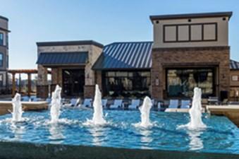 Pool at Listing #289134