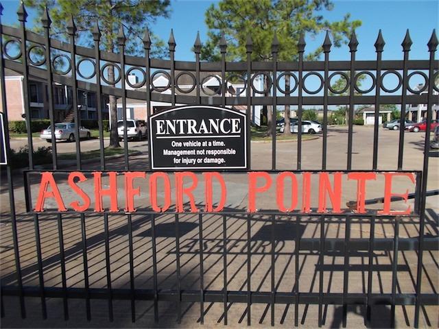 Entrance at Listing #139859