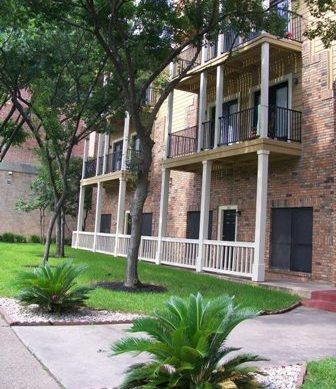 Nueces Oaks Apartments Austin, TX