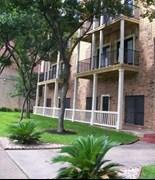 Nueces Oaks Apartments Austin TX