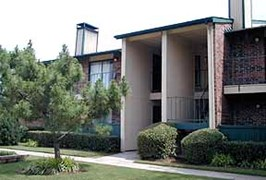 Rochelle Plaza Apartments Irving TX