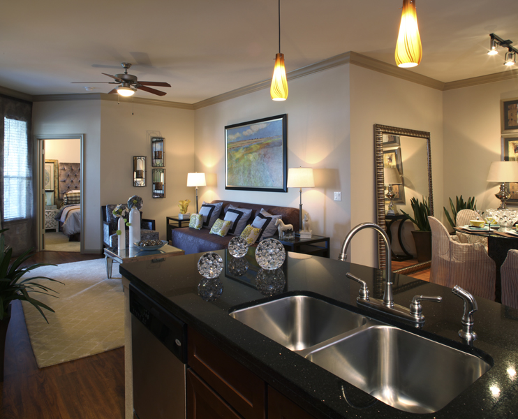 Living at Listing #236607