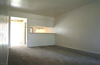 Living at Listing #256143