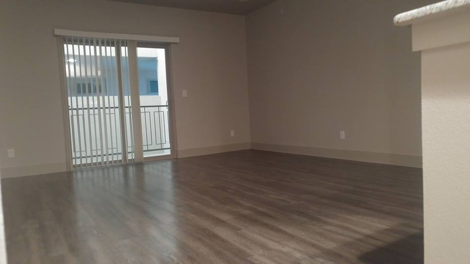 Living at Listing #258946