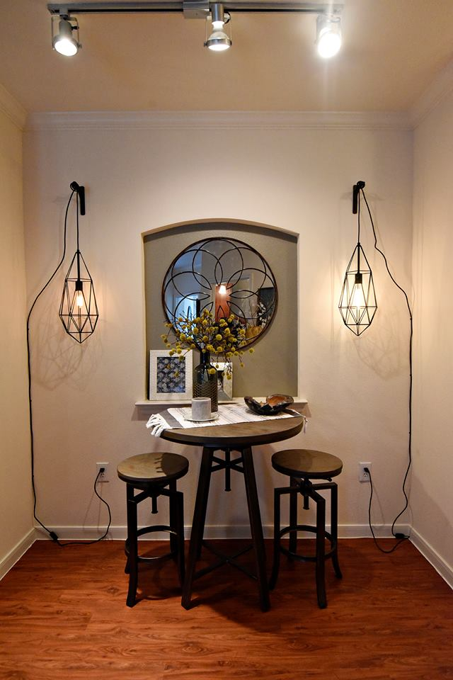 Dining at Listing #152831