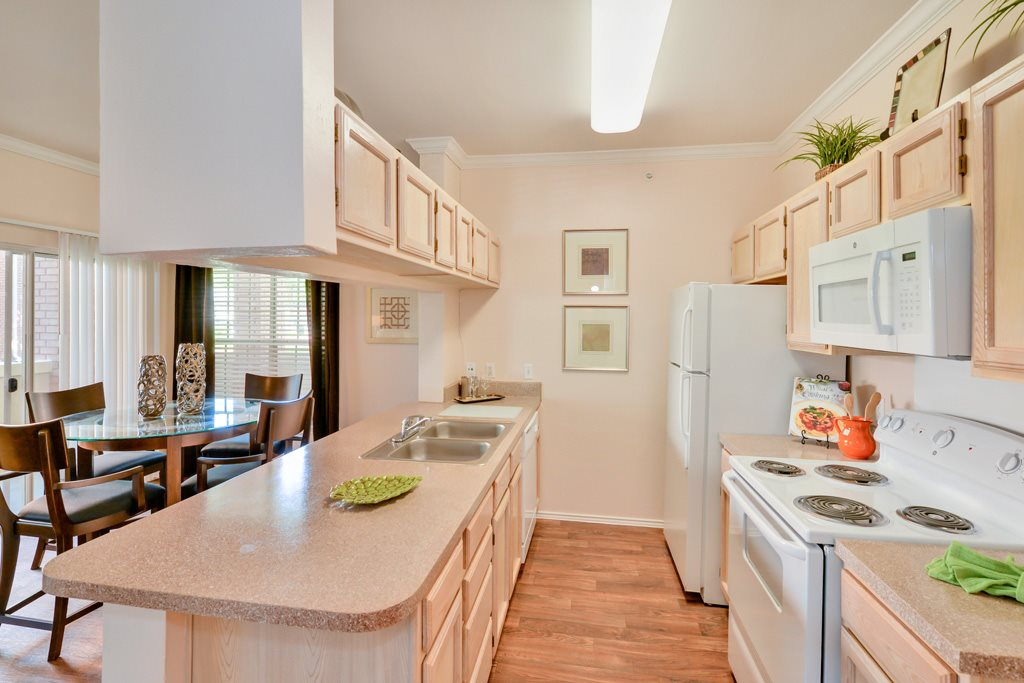 Kitchen at Listing #137271