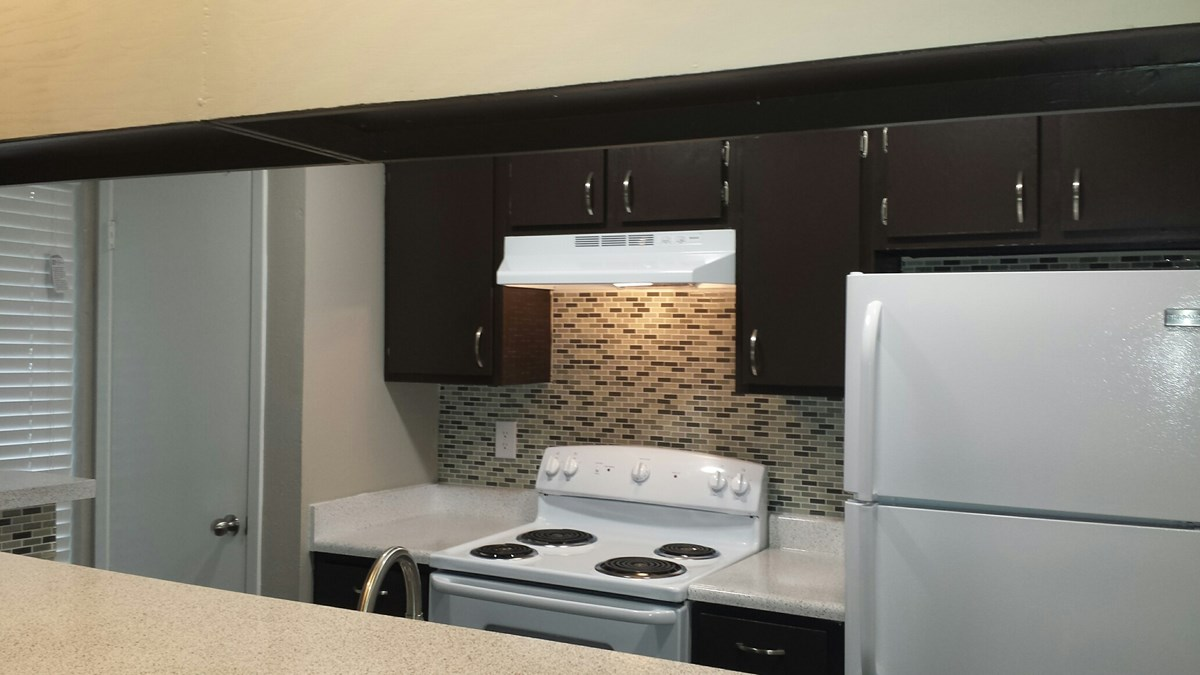 Kitchen at Listing #136846