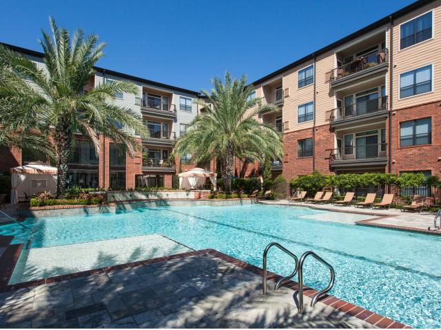 Pool at Listing #144864
