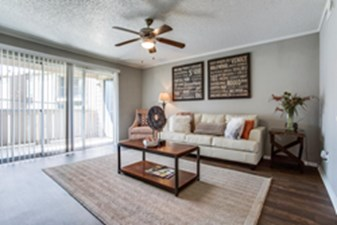 Living at Listing #135817