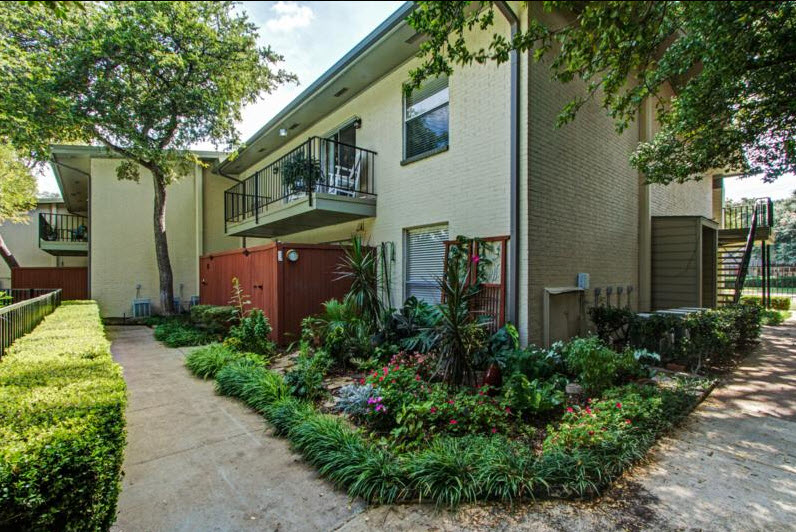 Meadowstone Place Apartments Dallas TX