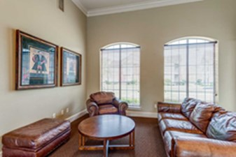 Lounge at Listing #144160