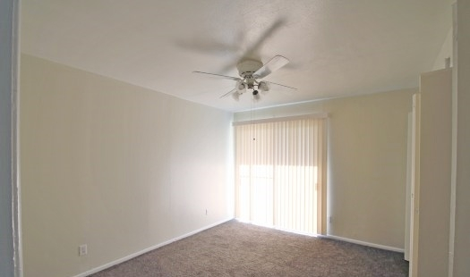 Bedroom at Listing #136604