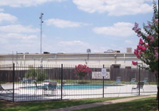 Pool at Listing #140029