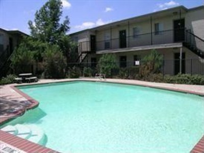 Pool at Listing #137326