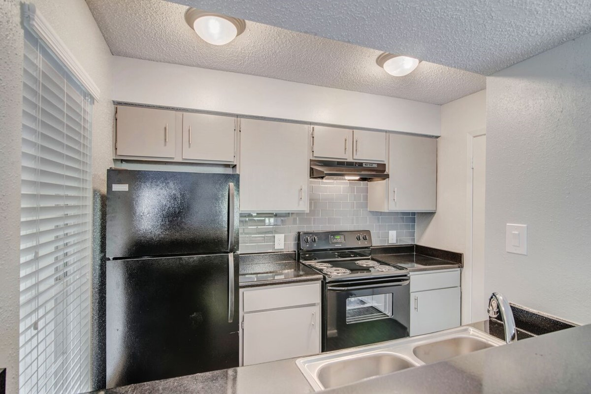 Kitchen at Listing #141171