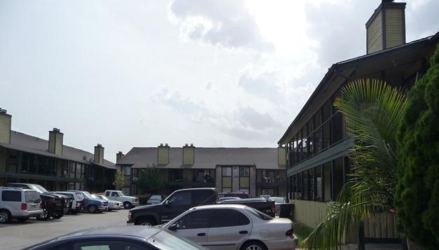 Royale De Ville Apartments Houston TX