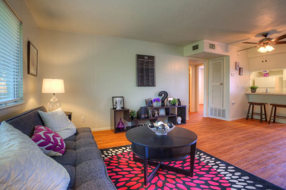 Living at Listing #140536