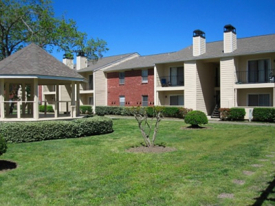 Exterior at Listing #138392