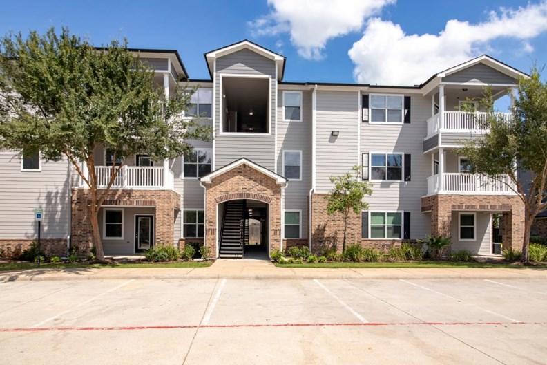 Amberjack Estates Apartments
