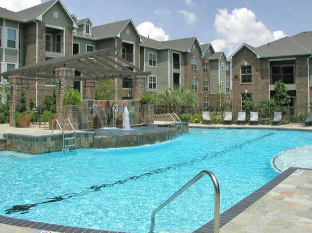 Pool at Listing #144052