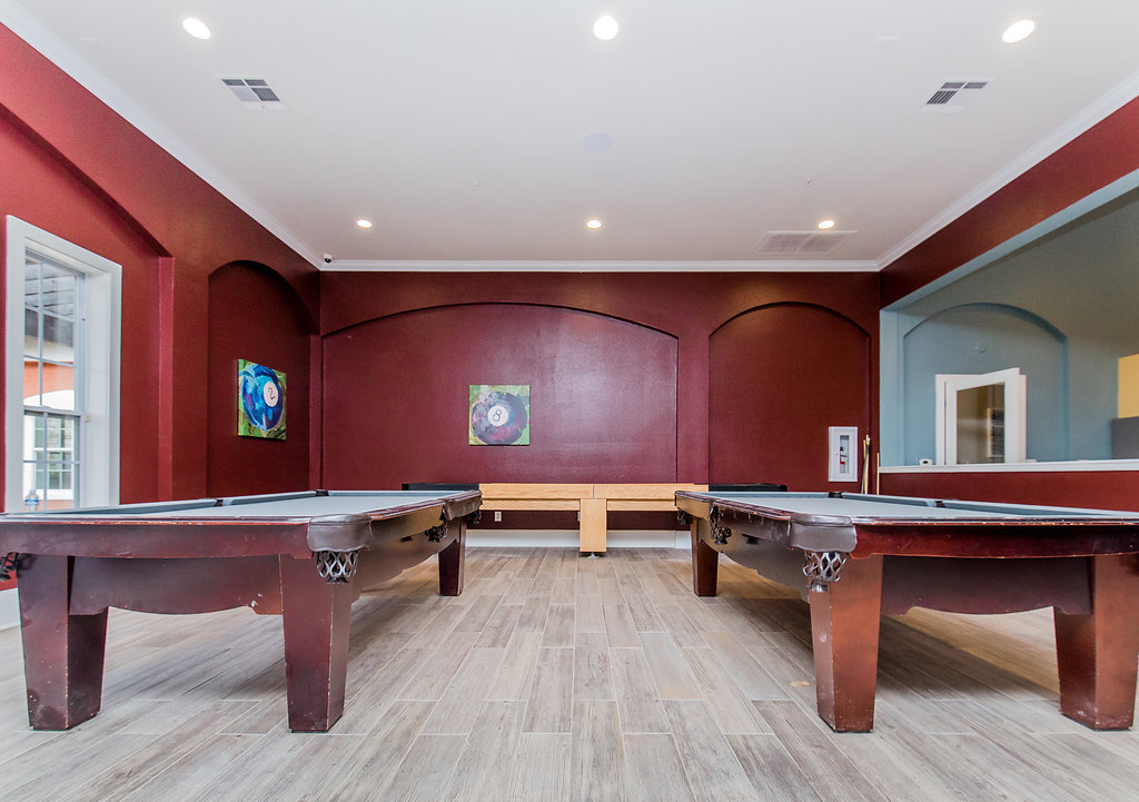 Gameroom at Listing #144579