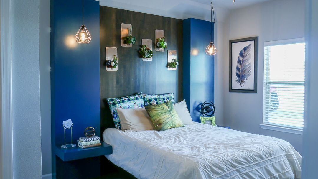 Bedroom at Listing #297371