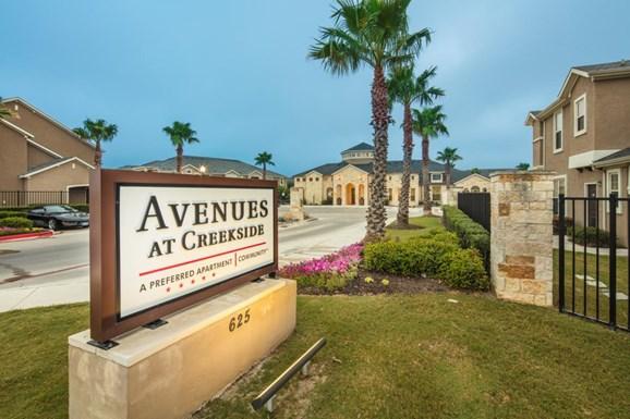 Avenues at Creekside Apartments