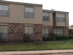 Exterior 2 at Listing #137754