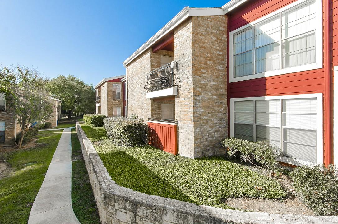 Villas del Cabo Apartments San Antonio TX