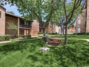 Picnic Area at Listing #137513
