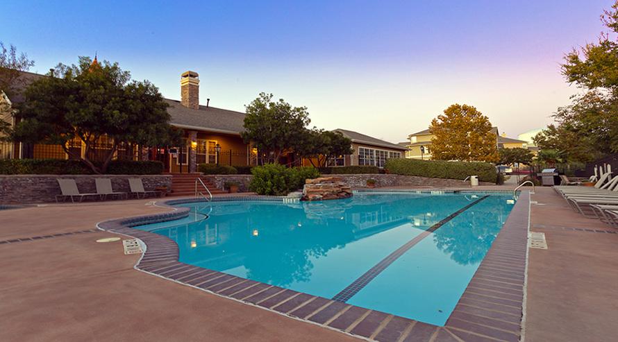 Pool at Listing #141446