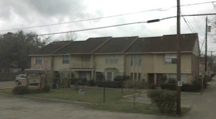 Loggins Court Apartments