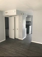 Living at Listing #146652