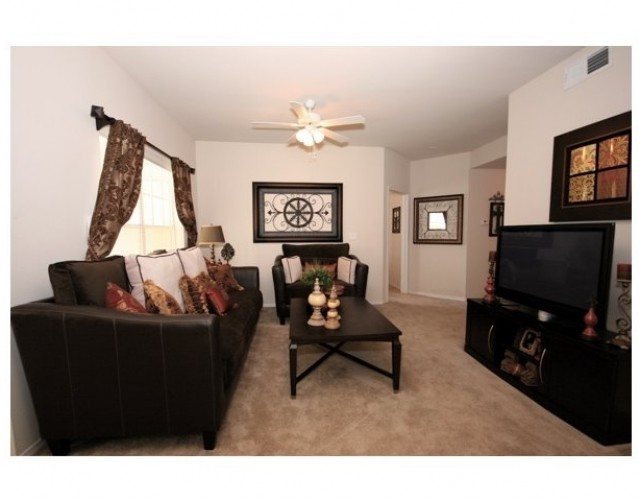 Living at Listing #140165