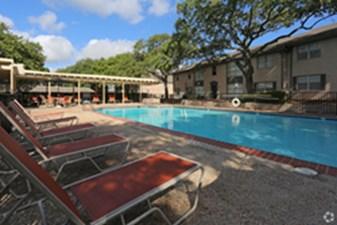 Pool at Listing #141328