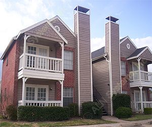 Exterior at Listing #139993