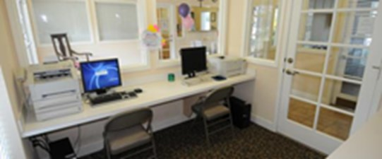 Business Center at Listing #232983