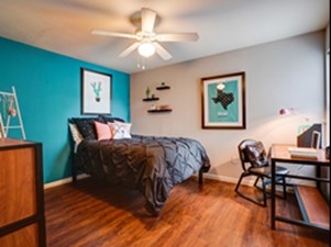Bedroom at Listing #140737