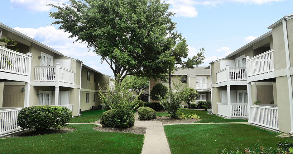 Stonecrossing of Westchase Apartments Houston TX