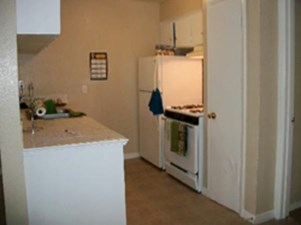 Kitchen at Listing #139580