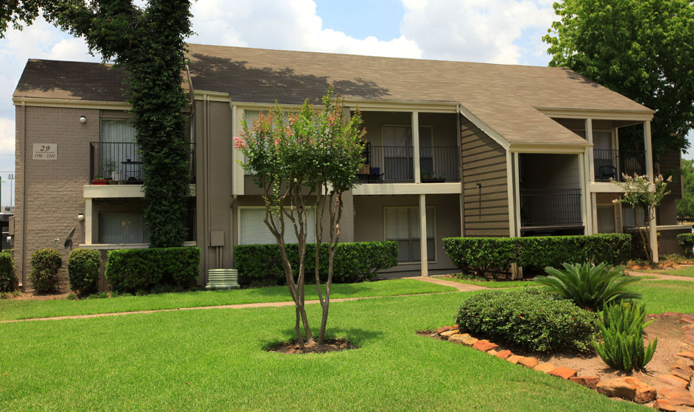 Exterior at Listing #138977