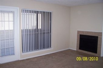 Living at Listing #137090