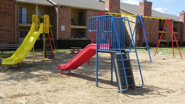 Playground at Listing #136566