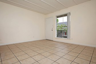 Living Area at Listing #334128
